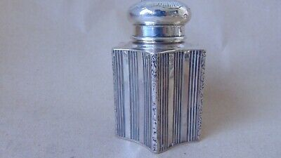 Beautiful Dutch Sterling Silver Fluted Flowers Tea Caddy Chester Import 1906