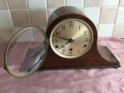 1930's oak cased mantle clock with Westminster chimes
