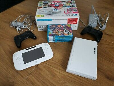 Nintendo Wii U Console Boxed 5 Games & 2 Controllers
