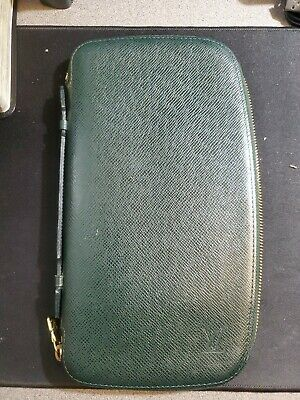 Authentic Louis Vuitton Taiga Green Long Wallet Zippy Organizer Size 10.5 x 6