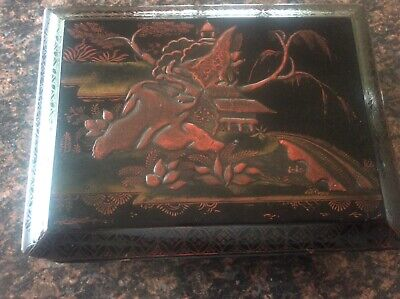 Antique c19th Oriental Asian Wooden Lacquered Chinoiserie lidded Chinese Box