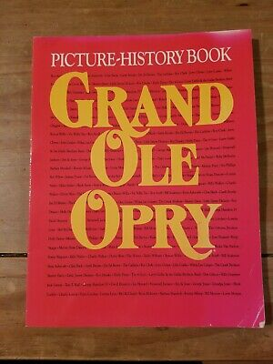 Vintage 1992 Grand Ole Opry Picture- history book Reba Garth Trisha Dolly George