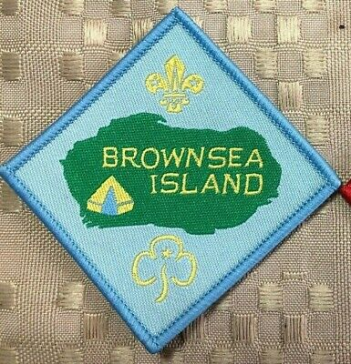 BROWNSEA ISLAND BADGE, Poole Harbour UK: Birthplace of Scouts & Girl Guides 1907