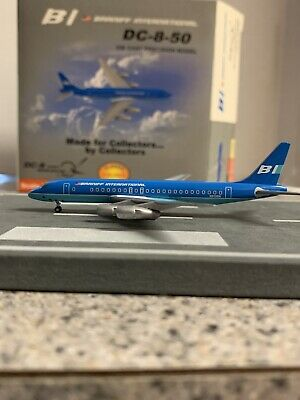 StarJets diecast 1:500 scale model Braniff Int'l DC 8 Commercial Airliner N813BN