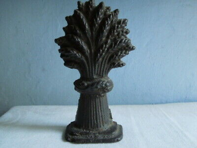 Antique Cast Iron Door Stop in the form of a Wheatsheaf