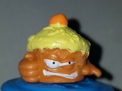 SICK CHICKEN Yellow Mint OOP The Grossery Gang Bug Strike #57 COL