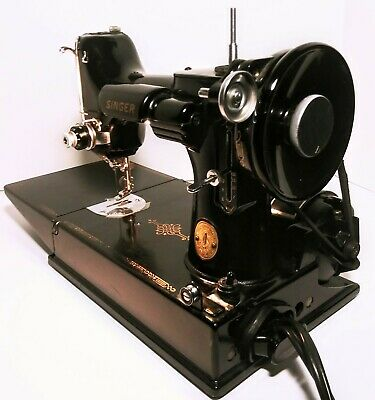 Singer Featherweight Portable Electric Sewing Machine # 221-1 W/ Extras