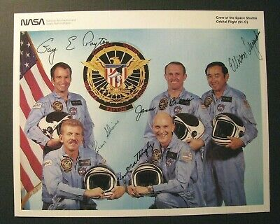 *Space Shuttle Discovery (51-C) Signed Color Nasa Photograph – Challenger*