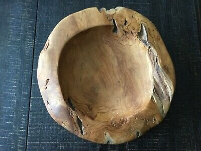 Habini Teak Wood Bowl Hand carved in Java Island Indonesia