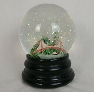 Saks Fifth Avenue Musical Snow Globe Plays I Left My Heart In San Francisco