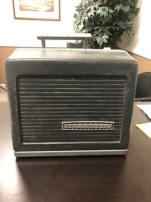 Vintage Bell & Howell Filmosound 535 Specialist 16MM PROJECTOR WITH SOUND - runs