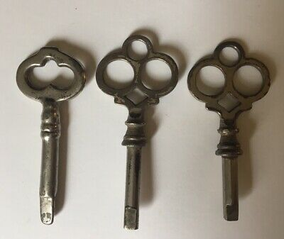 3 Antique Victorian Sewing Machine Keys ~ Lot of 3 Keys ~ 3 Sided and 4 Sided