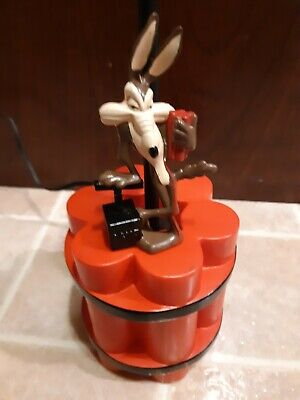 Wile E Coyote Warner Brothers TNT Table Lamp Dynamite Looney Toons Novelty