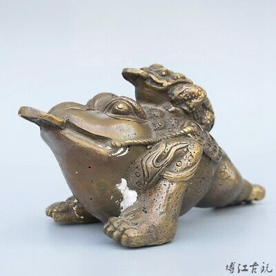 Collectable China Old Bronze Hand-Carved Toad Moral Bring Luck Decorate Statue