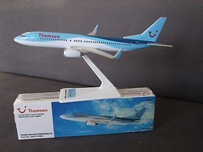 Thomson Airways TUI Boeing B737-800 Premier Push Fit Model 1:200 - SM737-89N2