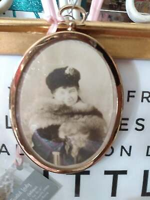 Antique Edwardian Hanging French Bronze/Brass Oval Picture Frame w/ Convex Glass