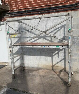 WERNER SNAP UP FOLDING SCAFFOLD SCAFFOLDING 4150 SERIES NARROW BASE w CASTERS