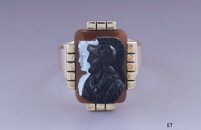 Exceptional Victorian 10k Yellow Gold Carved Three Color Greco-Roman Cameo Ring
