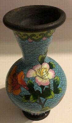 "6"" Cloisone Vase - Sea Blue in Honeycomb Look with Flowers"