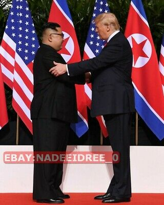 United States President Donald Trump Kim Jong-Un Korea Singapore 2018 8X10 Photo