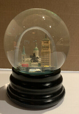 St. Louis Missouri ~ Saks Fifth Avenue ~ Three Jays Import ~ Musical Snow Globe