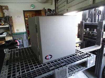 2014 Sigma Systems M33J Enviromental Test Chamber / Oven -100c to +275c