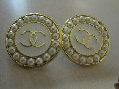 CHANEL 2 GOLD tone cc pearl BUTTONS  sz 20mm lot  2