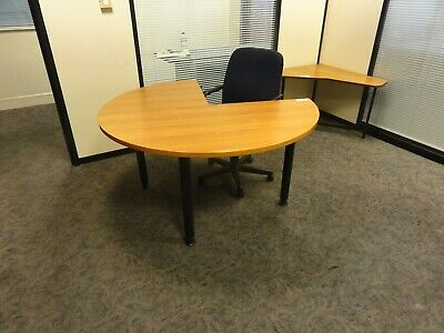 Small Round Table With Chair FC714