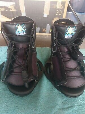 Ronix Kids Wakeboard Boots fit size 12 to size 3