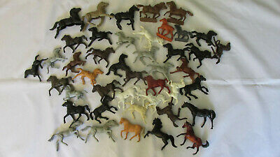 Plastic Horses, Vintage Mixed Lot, Three Small Breyer, Two Nardi Made in Italy