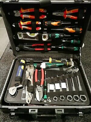 Tool Case On Wheels