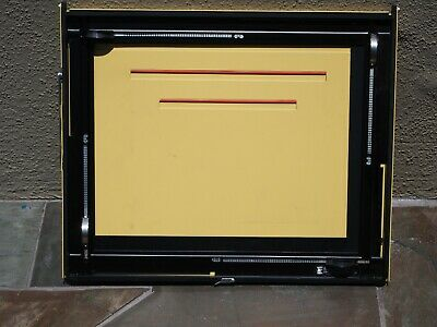Saunders Omega Easel 4-Bladed 11x14, Nice Condition
