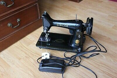 Sewing Machine - Vintage 1958 Singer 99K Electric