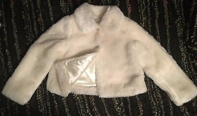 BNWoT Luxurious Soft Ivory/White Faux Fur Snow Party Special Winter Jacket Age 6