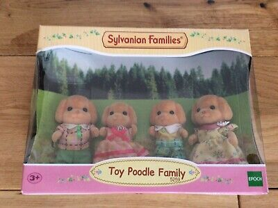 SYLVANIAN Families Family & Friends Figures Sets - Toy Poodle Family