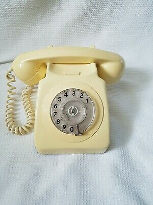 Vintage BT GPO 8746F  Rotary Dial Telephone complete in Cream