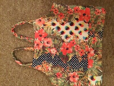 Girls River Island Floral Summer Crop Strappy Top .age 11-12 Years.bnwot