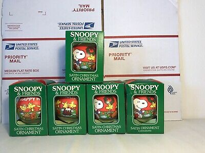 SNOOPY PEANUTS CHARLIE BROWN DETERMINED CHRISTMAS SATIN BALL ORNAMENT Lot