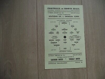 1960-61  Southend United Reserves v Swindon Town Reserves - Football Combination