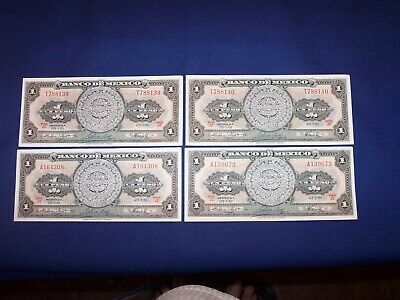 Bundle of 25 pcs Bank Note from Cambodia 100 Riels Uncirculated