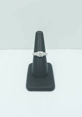 Stunning! 1.74 Carat Round Brilliant Diamond Engagement Ring - 18k White Gold