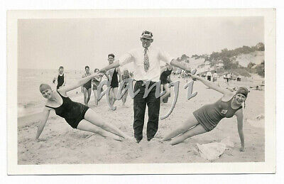 man holding two swimsuit Girls Hands stretched out in DIAMOND Design* 1930 Photo