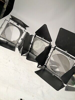3 Lowel Complete Four Leaf Barndoor for the DP Light With Insert Screens Nice