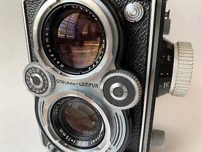 Rolleiflex Twin Lens Camera with Zeiss Tessar f3.5 Lens