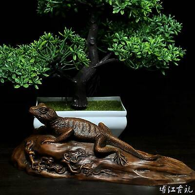 Collectable China Old Boxwood Hand-Carved Lizard Interesting Unique Decor Statue