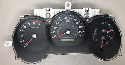 05-07 Toyota  Dash Board Instrument Panel Cluster Speedometer OEM