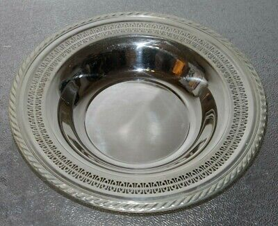 """Vintage Large 12.5"""" Rimmed Silver Plate Bowl. Wm. Rogers* Style 1135"""