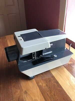 Rollei P11 Medium Format Slide Projector