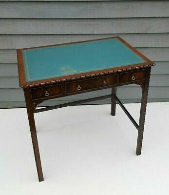 Quality Chippendale Style Mahogany Desk