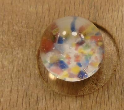 """WOW 3/8"""" High Detailed Glass Antique Button 41:21"""